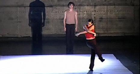 Nederland Dans Theater II: 27m52s, kor. Jiří Kylián