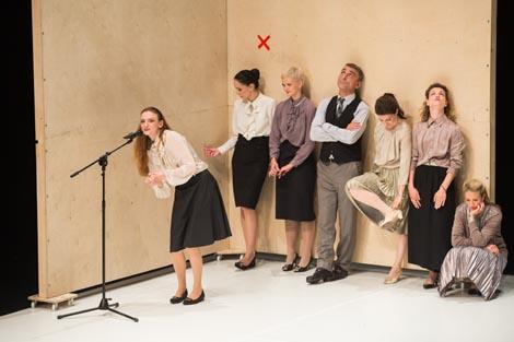 Studio za suvremeni ples, Zagreb (u suradnji s Cie Public in Private): Ansambl, autorica Jasna L. Vinovrški, foto: Tomislav Sporiš