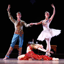 Balet HNK u Splitu: Ludwig Minkus, Bajadera, red. i kor. Valentina Ganibalova (prema koreografiji Mariusa Petipaa u verziji V. I. Ponomarjeva i V. M. Čabukianija)