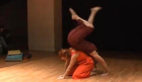 Plesni art laboratorij i Centar Koraki, Rijeka: Dnevnik jednog putovanja, autorice Senka Baruška i Gordana Svetopetrić, foto: youtube.com