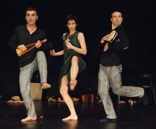 Gyekenyes Band, kor. Mirjane Preis (produkcija Studio za suvremeni ples i Mirjane Preis)
