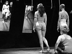 Compañía de Teatro y Danza El Tinglao, In-Grave, kor. Ángel Negro