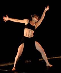kreografija bez naslova, koreografkinja i izvođačica Ive Burčul