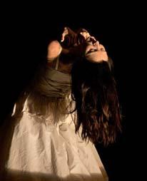 Mono, koreografkinja i izvođačica Sanja Petrovski