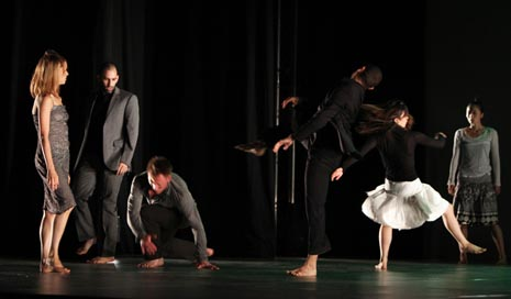 Compagnie Linga, Théâtre de l Octogone Lausanne, Švicarska, no.thing, koncept i koreografija: Katarzyna Gdaniec i Marco Cantalupo