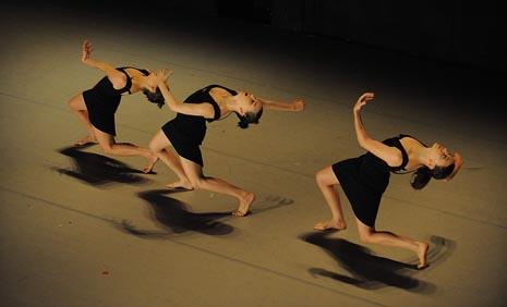 Batsheva Dance Company, Tel Aviv, Izrael: Project 5, kor. Ohad Naharin, foto: Gadi Dagon