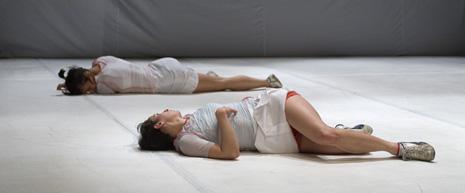 Redrum sessions, kor. Ana Mrak i Darija Doždor