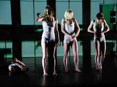 Cie Listopadance theatre, Staging Reality, autori Michael Lazic i Hans Op De Beeck, kor. Michael Lazic