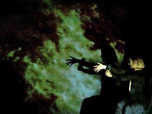 Udruga profesionalnih plesnih umjetnika PULS i Centar mladih Ribnjak, Zagreb: Tko mi je uzeo žvaku iz pepeljare?!, autori Ana-Maria Bogdanović i Bruno Isaković