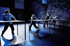 Commedia Futura, Njemačka: Up to 70 cm, kor. Felix Landerer